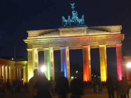 Papel de parede Portão de Brandenburger para download gratuito. Use no computador pc, mac, macbook, celular, smartphone, iPhone, onde quiser!