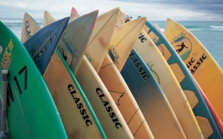 Papel de parede Pranchas de Surf para download gratuito. Use no computador pc, mac, macbook, celular, smartphone, iPhone, onde quiser!