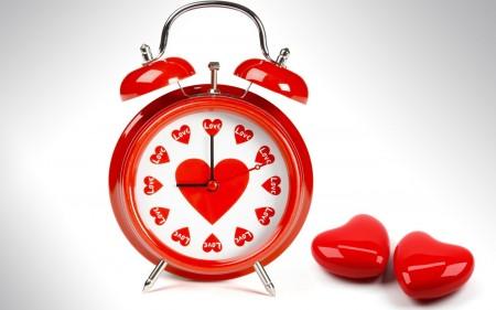 Papel de parede Relógio do Amor para download gratuito. Use no computador pc, mac, macbook, celular, smartphone, iPhone, onde quiser!