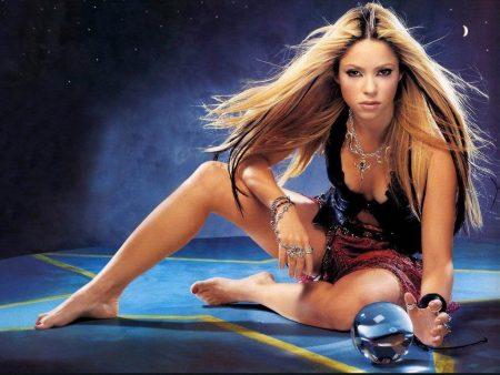 Papel de parede Shakira – Bela para download gratuito. Use no computador pc, mac, macbook, celular, smartphone, iPhone, onde quiser!