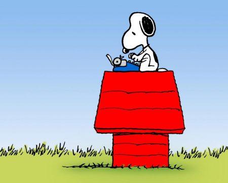 Papel de parede Snoopy – Máquina de Escrever para download gratuito. Use no computador pc, mac, macbook, celular, smartphone, iPhone, onde quiser!