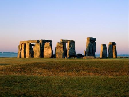 Papel de parede Stonehenge, Inglaterra para download gratuito. Use no computador pc, mac, macbook, celular, smartphone, iPhone, onde quiser!