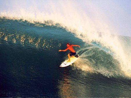 Papel de parede Surf #4 para download gratuito. Use no computador pc, mac, macbook, celular, smartphone, iPhone, onde quiser!