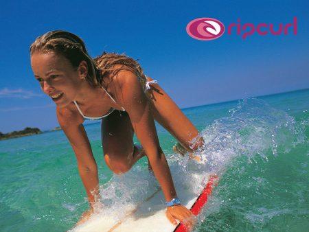 Papel de parede Surfista Mulher para download gratuito. Use no computador pc, mac, macbook, celular, smartphone, iPhone, onde quiser!