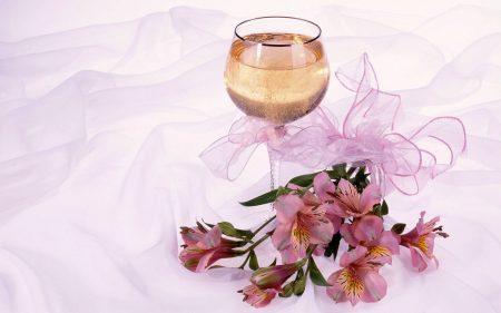 Papel de parede Taça de Champagne para download gratuito. Use no computador pc, mac, macbook, celular, smartphone, iPhone, onde quiser!