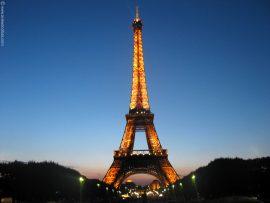 Papel de parede Torre Eiffel – Anoitecer