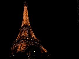 Papel de parede Torre Eiffel – Com Luzes