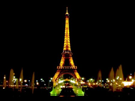 Papel de parede Torre Eiffel – Fontes para download gratuito. Use no computador pc, mac, macbook, celular, smartphone, iPhone, onde quiser!