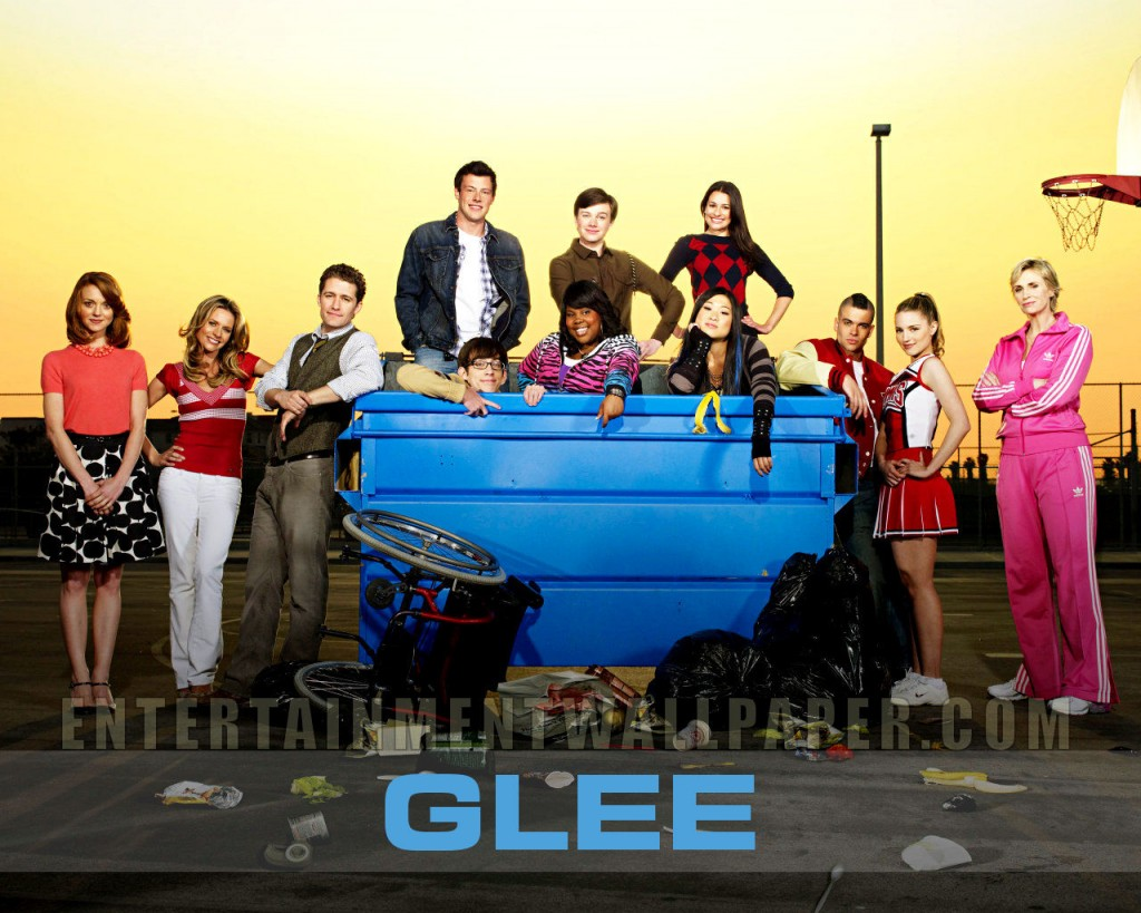Papel de parede Glee para download gratuito. Use no computador pc, mac, macbook, celular, smartphone, iPhone, onde quiser!