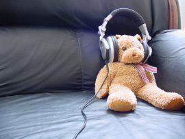 Papel de parede Ursinho – Ouvindo Música