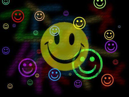 Papel de parede Vários Smiles para download gratuito. Use no computador pc, mac, macbook, celular, smartphone, iPhone, onde quiser!